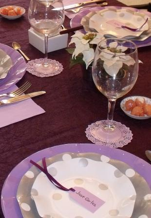 mesa lila y plata