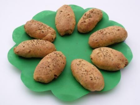 panecillos de aceituna y chorizo