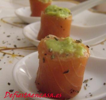 receta rollitos de salmón y aguacate