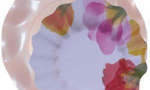 Plato-rosa-perlado-con-plato-flora-DeFiestaEnCasa