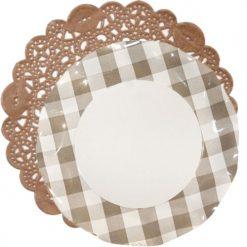 blonda marrón con platos cuadros vichy