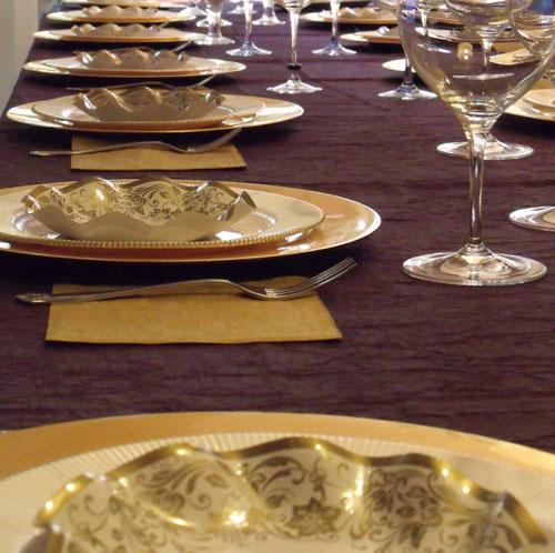 plato blanco fillo oro-DeFiestaEnCasa