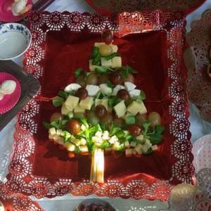 Árbol-de-Navidad-con-quesos-DeFiestaEnCasa