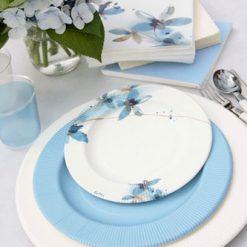 Combinación platos flores azules
