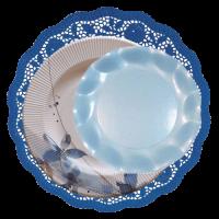 blonda azul marino con plato flores azules y celeste perlado