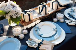 platos flores azules